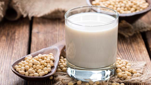 Fornitura formaggi e latticini per ristoranti: latte